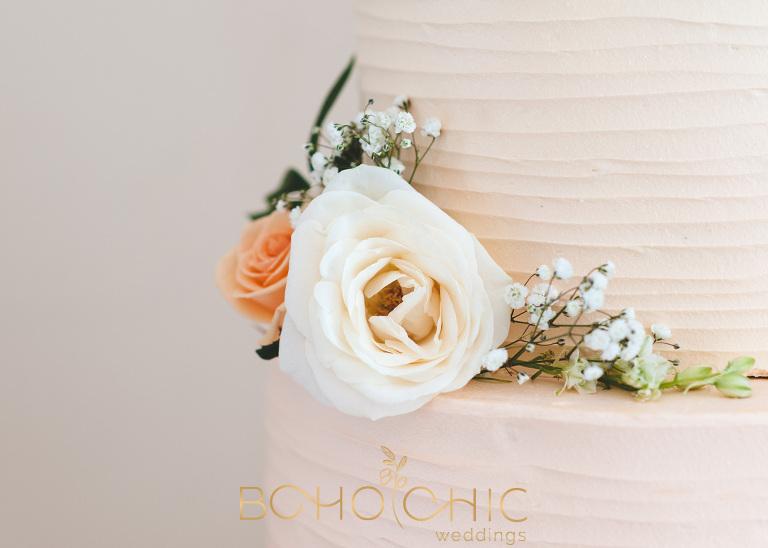 peach blush and cream wedding cake